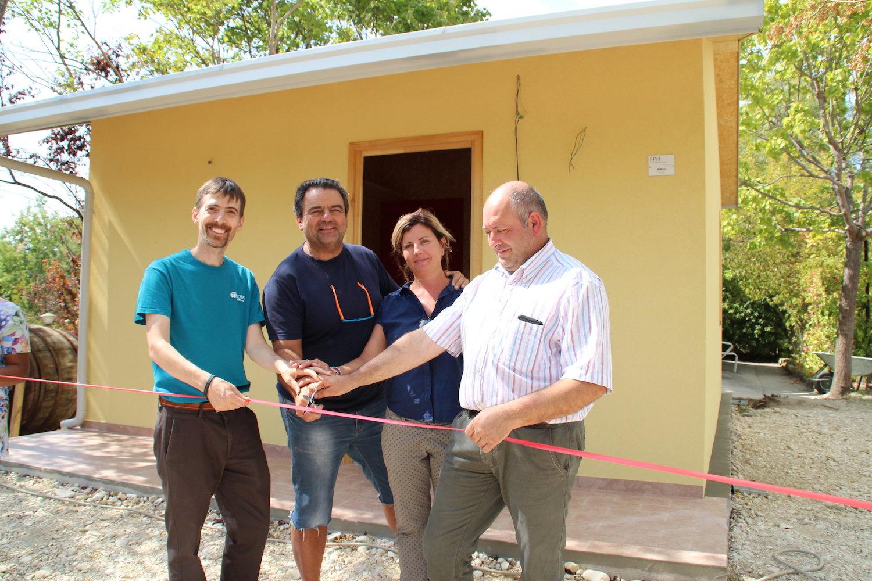 """Adra consegna una """"casetta donata"""" a Servigliano"""